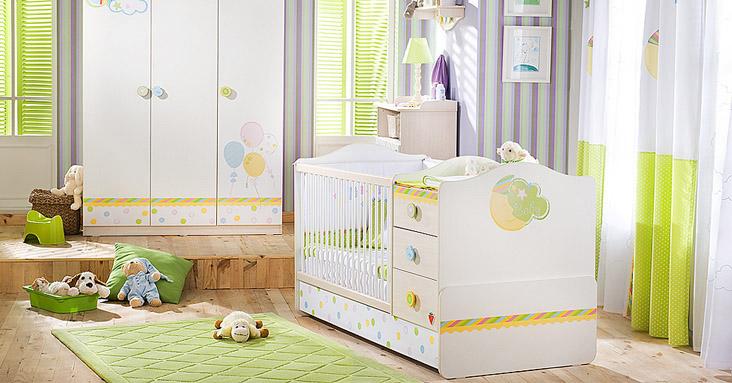 Кровать со встроенными ящиками и пеленальным столиком