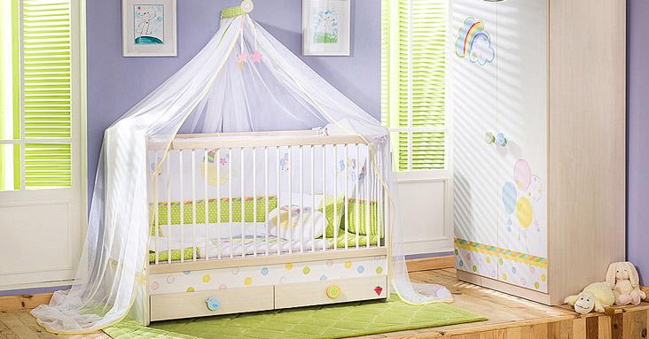 Кровать с пологом для девочки