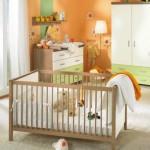 Оранжево-зеленая детская для малыша