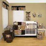 Бежево-коричневое оформление комнаты новорожденного