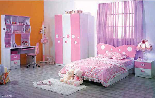 Нежный розовый дизайн комнаты для девочки
