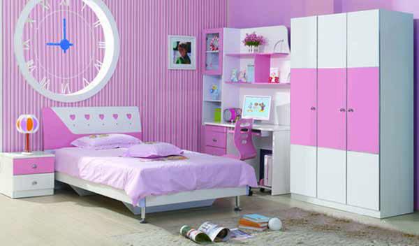 Яркий дизайн в розовом цвете