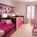 Яркая комната для девочек-близняшек