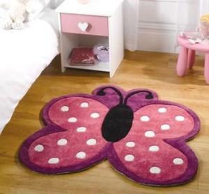 Детский коврик в форме бабочки