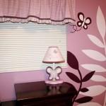 Бабочки и растительные мотивы в оформлении комнаты