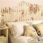 Красиво оформленное изголовие кровати
