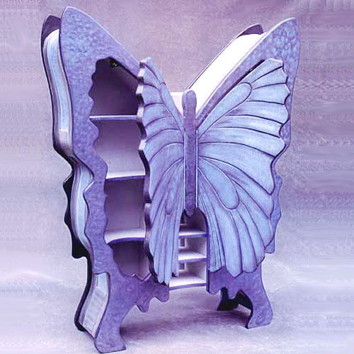 Шкафчик в форме бабочки