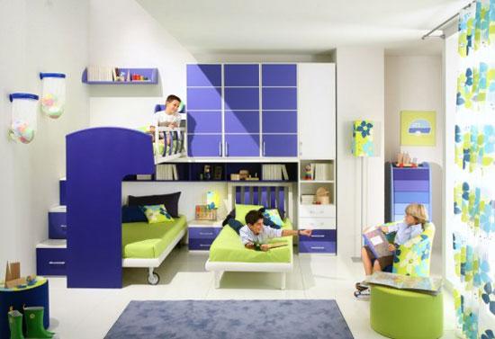 Детская для трех детей в сине-белых тонах