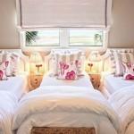 3 кровати у окна в детской