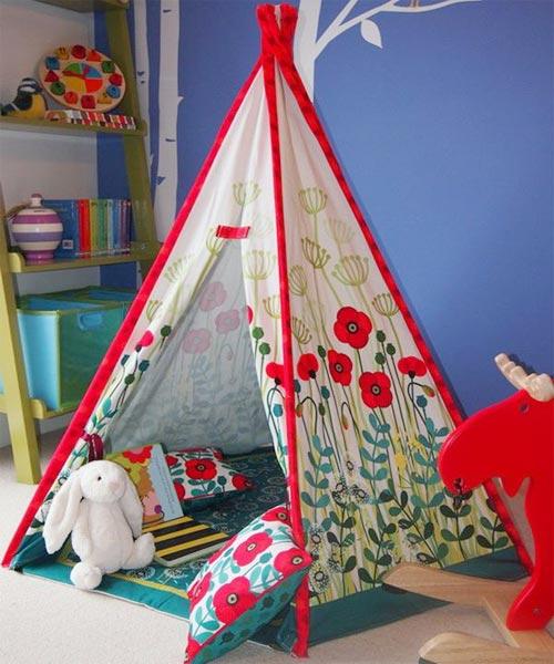 Палатка-вигвам с маками