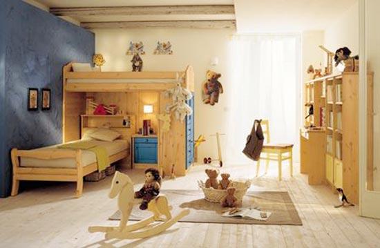 Деревянные элементы в оформлении комнаты