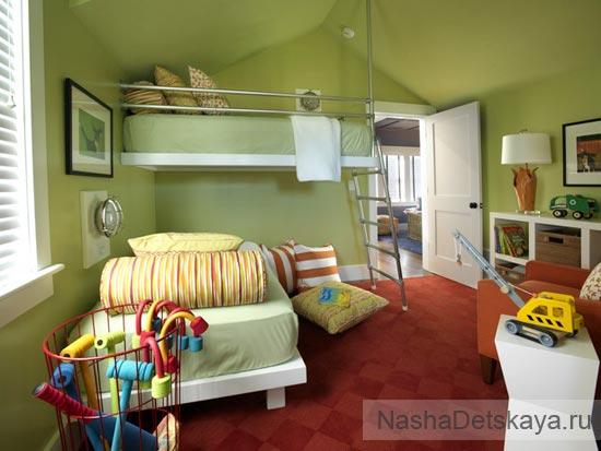 Зеленые стены в комнате для двоих детей