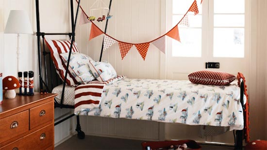 Уютная комнатка в стиле кантри