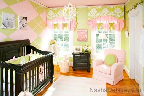 Детская в зелено-розовом цвете