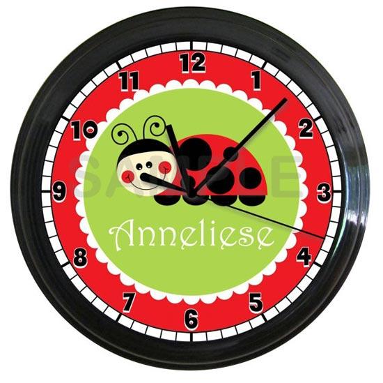 Часы с божьей коровкой