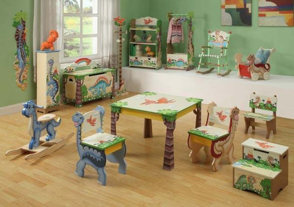 Стульчики и столы для детей с Дино