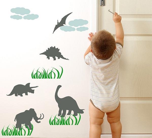 Небольшие наклейки в форме динозавров