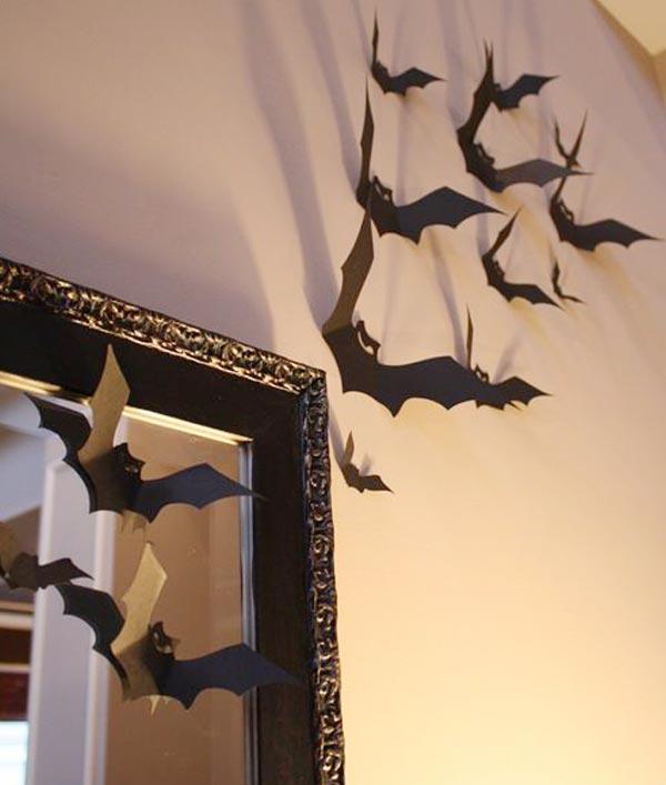 Летучие мыши из бумаги на стене