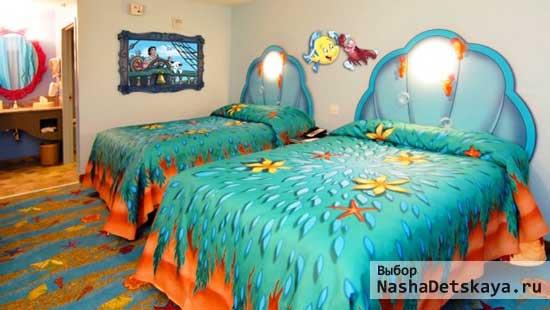 Кровати в комнате 2х девочек